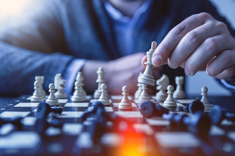 executive-playing-chess